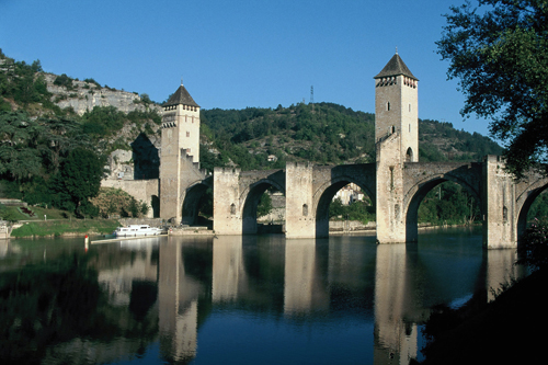 FRANCE (Cahors) Pont Valentre.